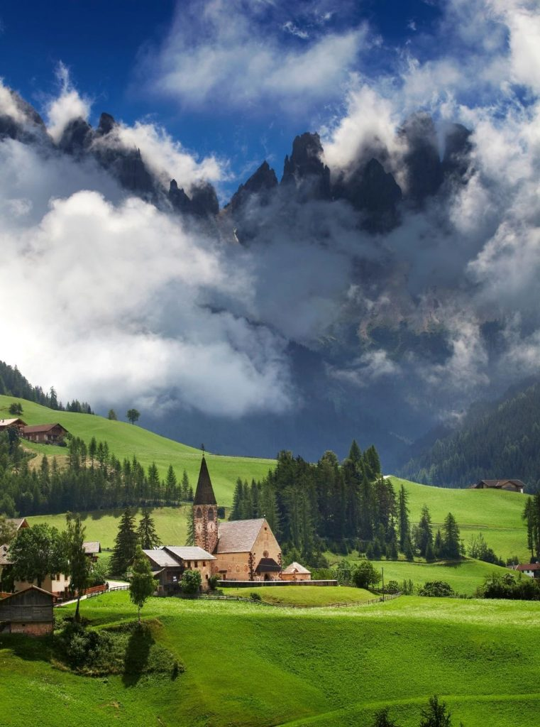 Beautiful secret places comparable to Switzerland, Iceland! Most people don't know it yet